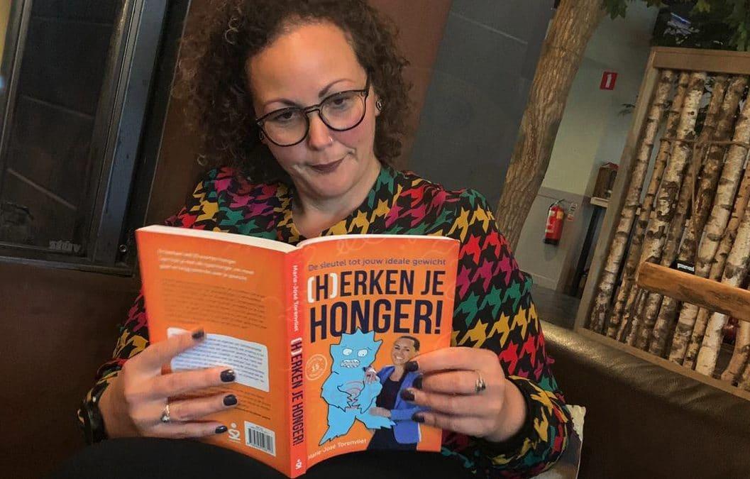 Frouke leest boek herken je honger